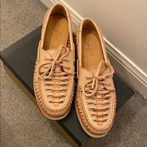 Gold Cup Sperry